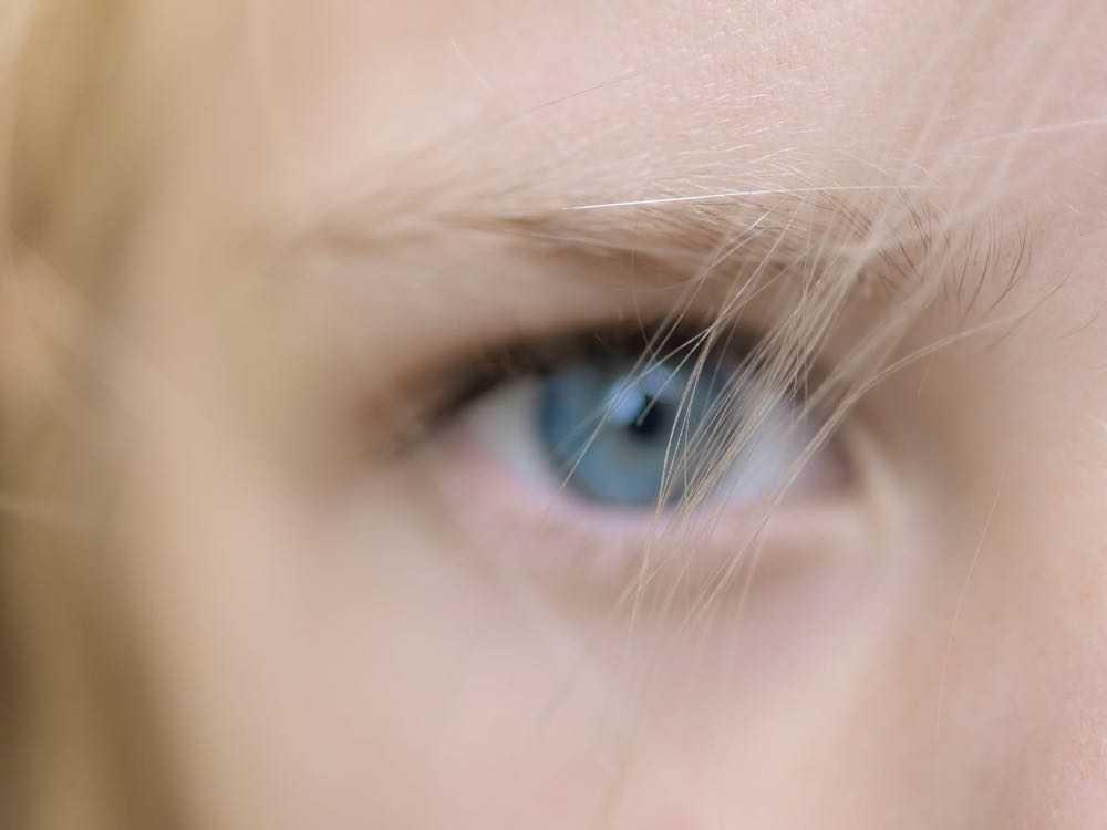 zoom sur l'oeil d'un enfant